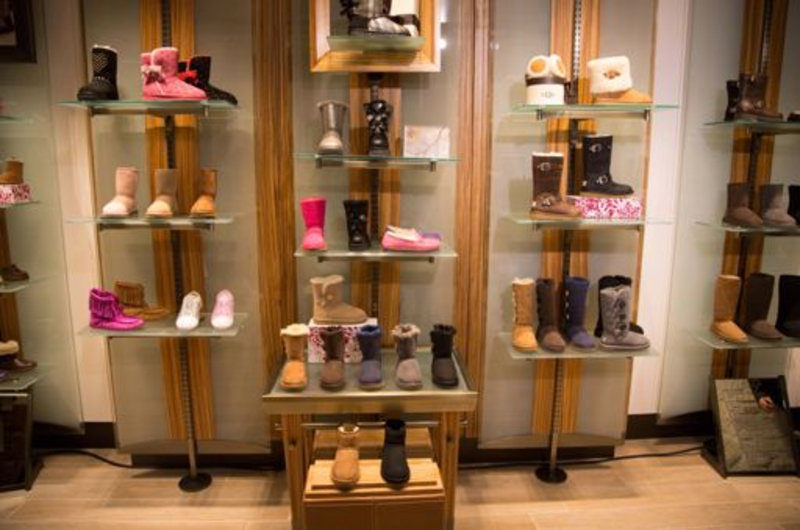 Boutique UGG-Paris St Germain-2