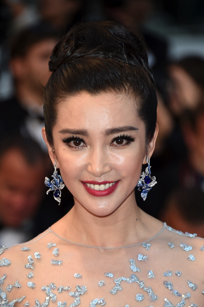 BingBing Li Wears CINDY CHAO The Art Jewel Cannes Film Festival 1(1)