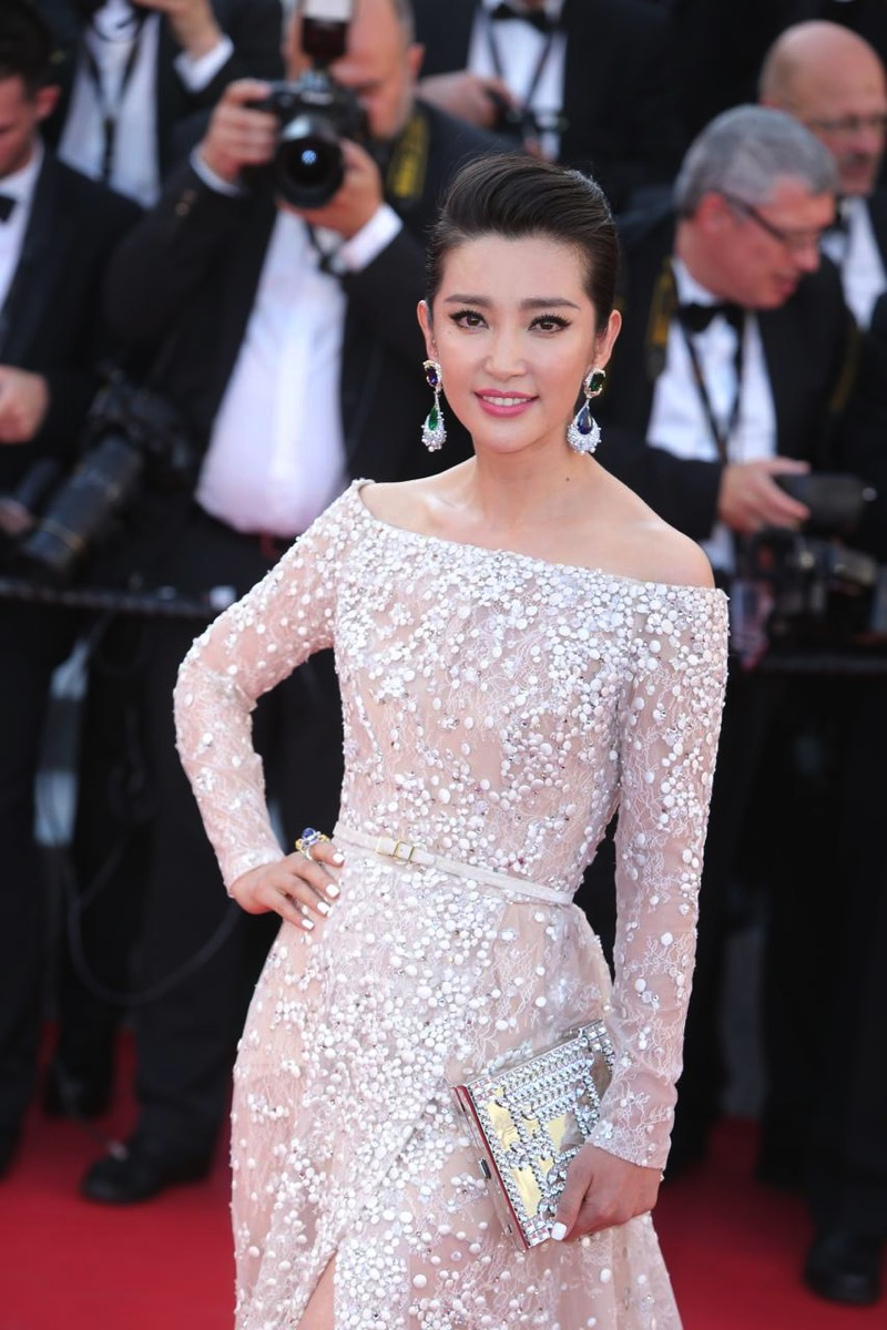 BingBing Li Wears CINDY CHAO The Art Jewel Cannes Film Festival 2