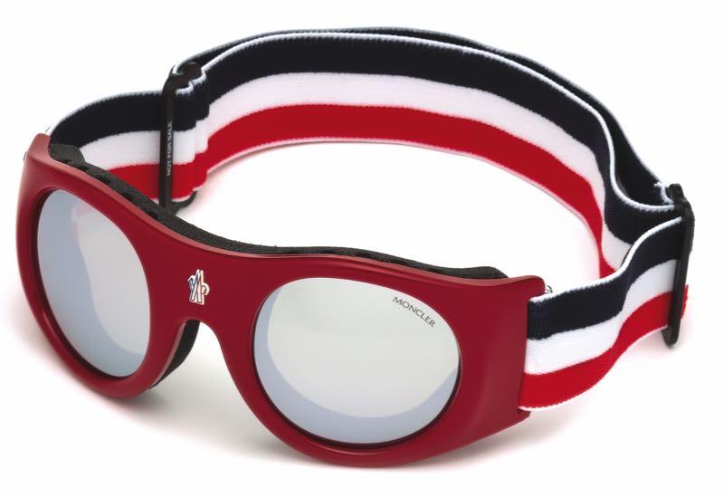 Des lunettes Moncler parfaites pour la montagne