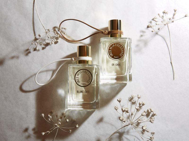 «Blanc Chic» et «Or Choc», les parfums signature d'Ines de la Fressange