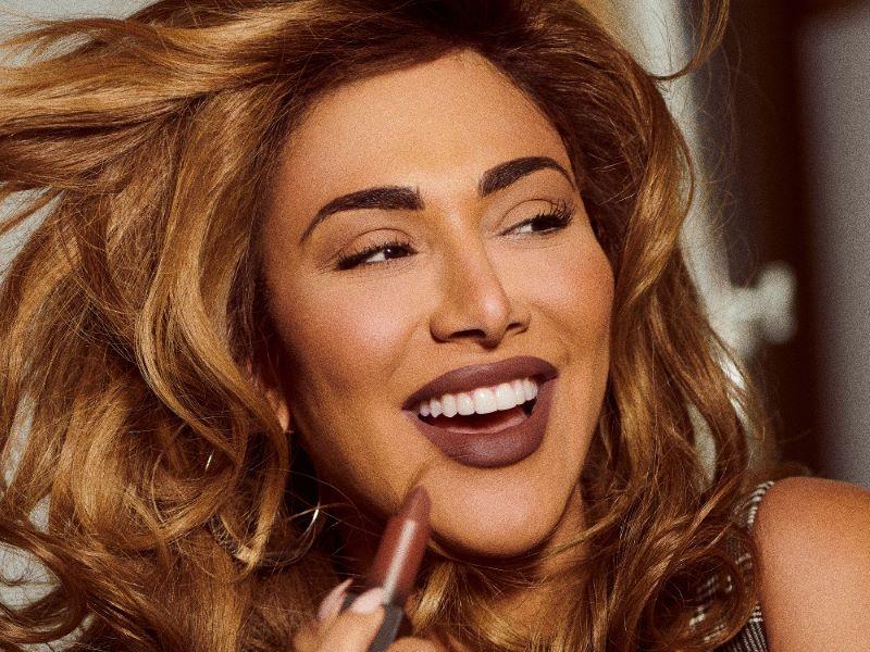 La collection «The Throwbacks» : huit nouvelles teintes de rouge à lèvres Huda Beauty inspirées des années 90