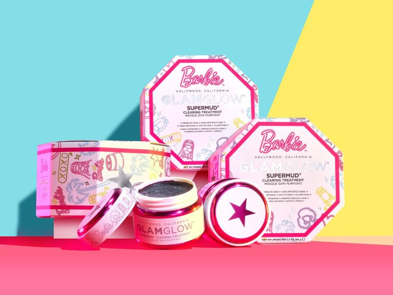 Collaboration exclusive : le masque Supermud x Barbie™ de Glamglow
