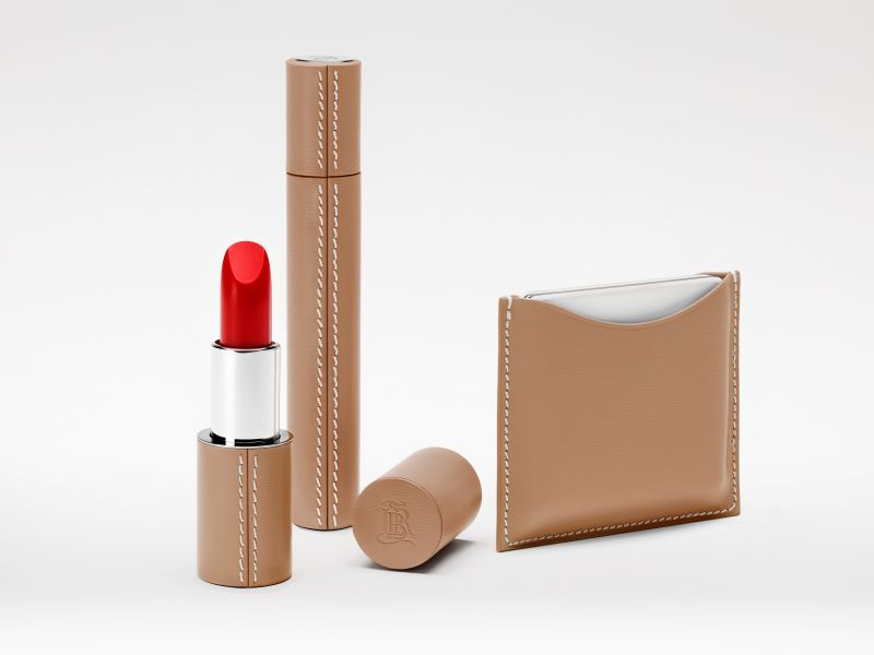 La Bouche Rouge lance sa toute première ligne de maquillage sans microplastique
