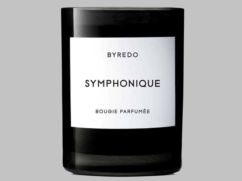 Édition très limitée : la bougie parfumée «Symphonique» de Byredo