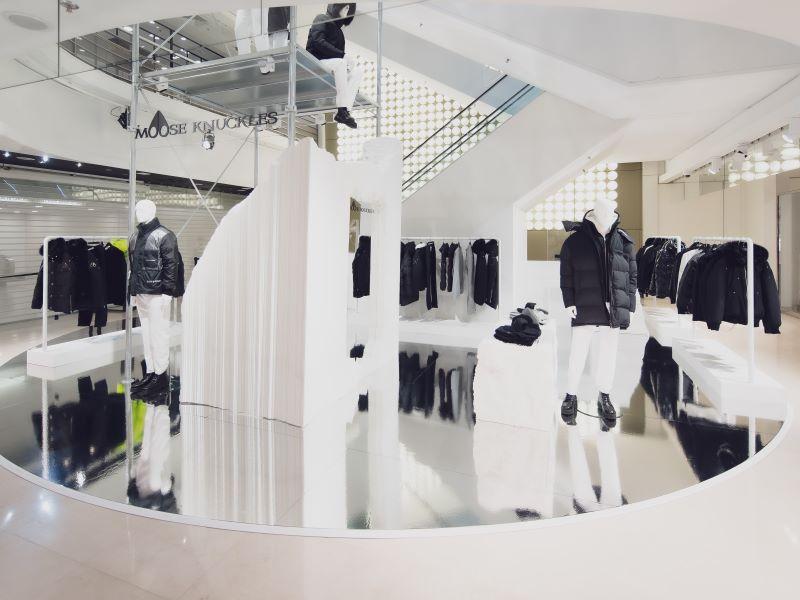 Les Galeries Lafayette accueillent le pop-up immersif de Moose Knuckles